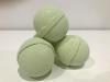 Šumivá bomba do kúpeľa: Rozmarín a Tymián, hmotnosť: cca 125 gramov (+/- 10%)